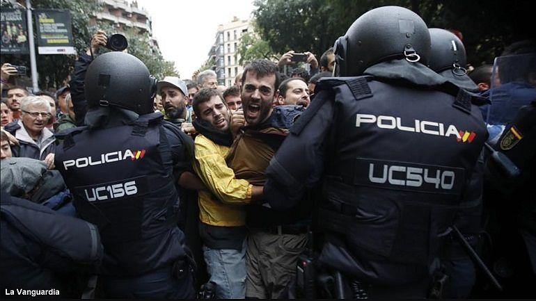 Antidisturbios de la Policía Nacional en una manifestación